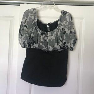 Flowery Gray & Black Top